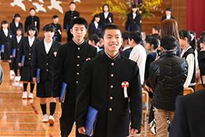 村上小卒業式05